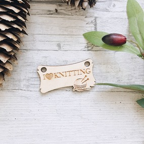 Бирки-ярлыки из дерева с гравировкой прямоугольные 30х55мм фото