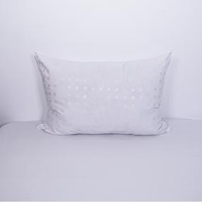 Подушка Лебяжий пух Шашки белый 50/70 фото