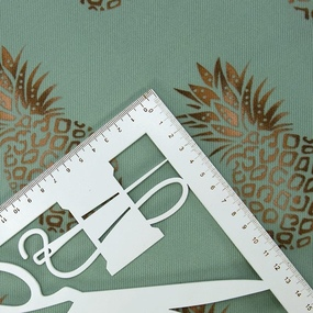 Ткань на отрез супер софт Ананасы на мятном фото