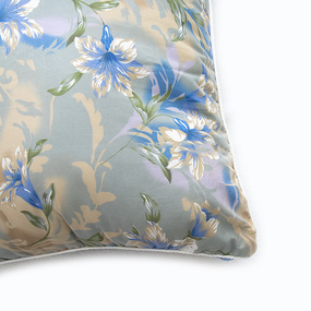 Подушка Лебяжий пух Лилии 004 цвет синий 50/70 фото