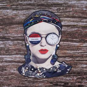 Декоративный элемент пришивной Девушка Хиппи 18,5*22,5 см фото