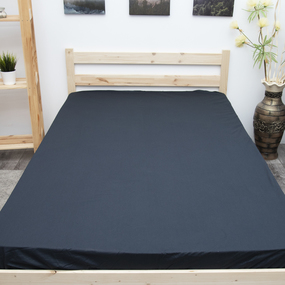 Простыня на резинке поплин цвет черный 90/200/20 см фото