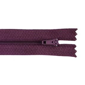 Молния пласт юбочная №3 20 см цвет т-бордовый фото