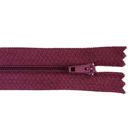 Молния пласт юбочная №3 20 см цвет бордовый фото