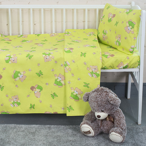 Постельное белье в детскую кроватку из бязи 1332/2 За медом салатовый с простыней на резинке фото