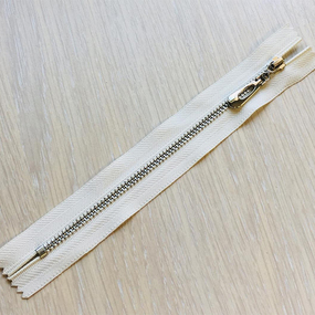 Молния металл №4 никель н/р 16см D841 белый фото