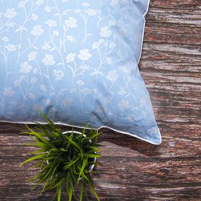 Подушка Лебяжий пух 215 Ромашки цвет голубой серебро 70/70 фото