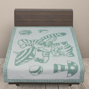 Одеяло детское байковое жаккардовое 100/140 см коты цвет зеленый фото