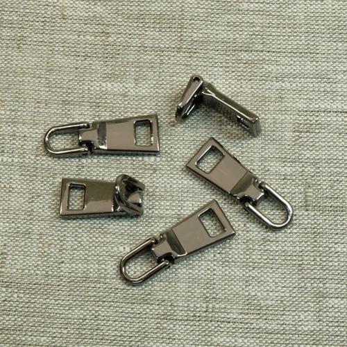 Подвес к бегунку №3 металл черный никель (03) фото 1