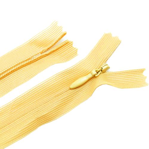 Молния пласт потайная №3 20 см цвет т-желтый фото 1