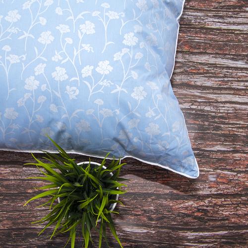 Подушка Лебяжий пух 215 Ромашки цвет голубой серебро 70/70 фото 3